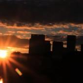 初秋の 大手町の日の出