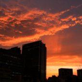 5月の嵐 メイストーム後の 真っ赤な夕日